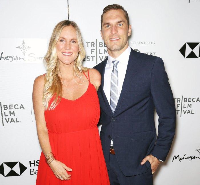 La surfista Bethany Hamilton da a luz y da la bienvenida al tercer bebé con su esposo Adam Dirks
