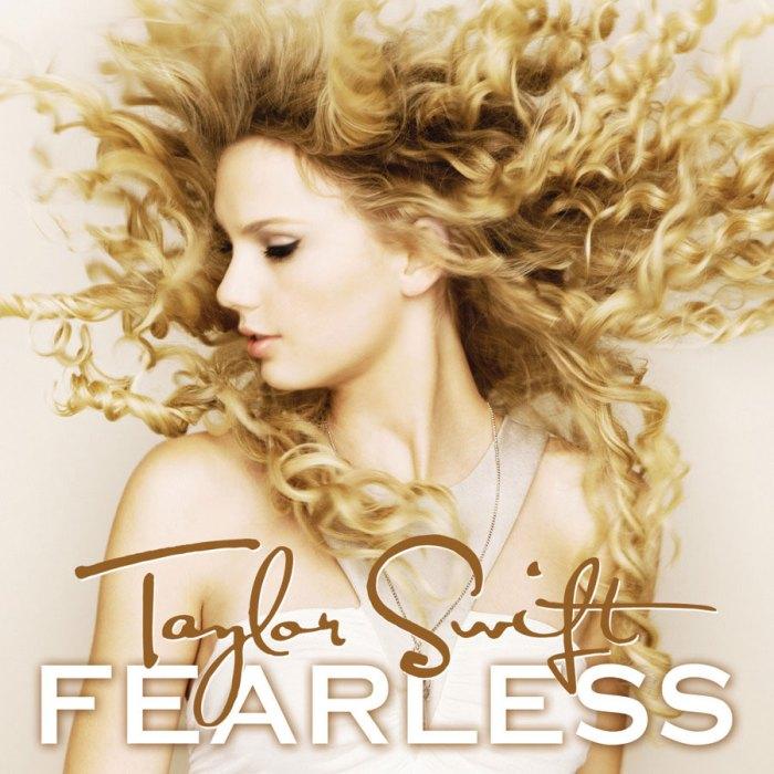 Taylor Swift lanza una versión regrabada de la portada del álbum Love Story