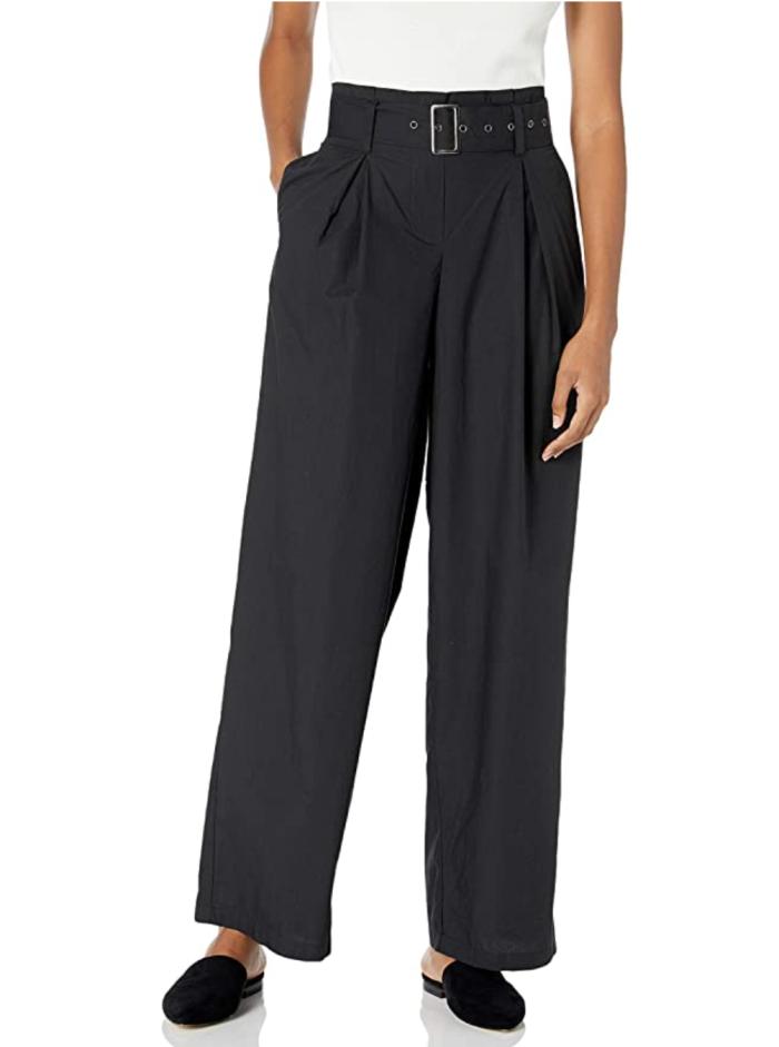 The Drop - Pantalón holgado de popelina de pierna cónica plisado con cinturón y cintura alta para mujer
