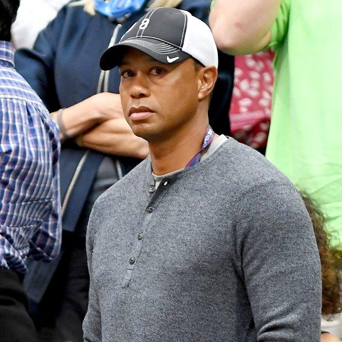 Tiger Woods estaba consciente después de que un accidente automovilístico les causara lesiones en ambas piernas