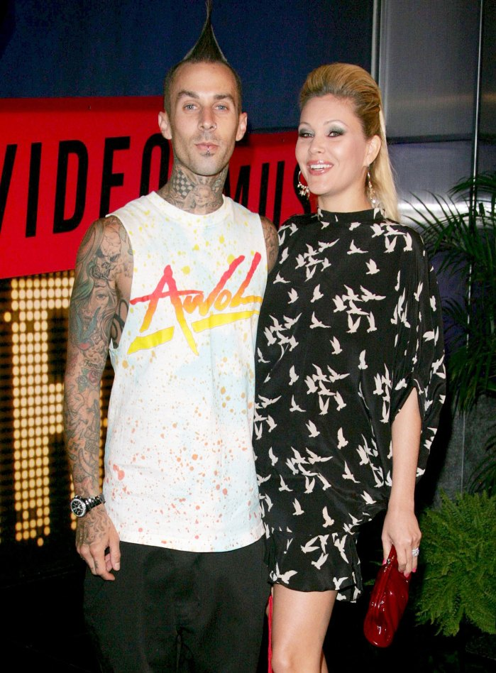 Travis Barker y Shanna Moakler asisten a los MTV Video Music Awards en 2007 Travis Barker y su ex esposa Shanna Moakler tienen una muy buena dinámica de coparentalidad 13 años después del divorcio