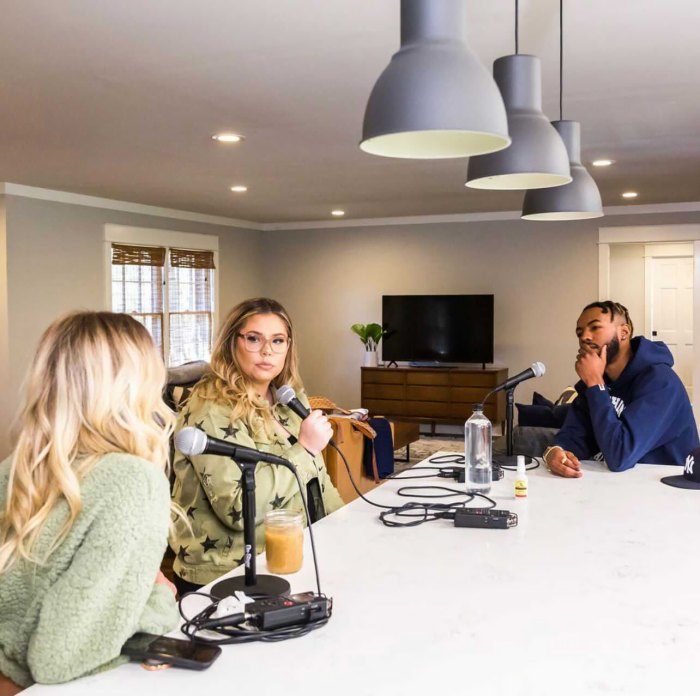 Why Kailyn Lowry Invited Briana DeJesus' Ex-Boyfriend Devoin Austin on Her Podcast