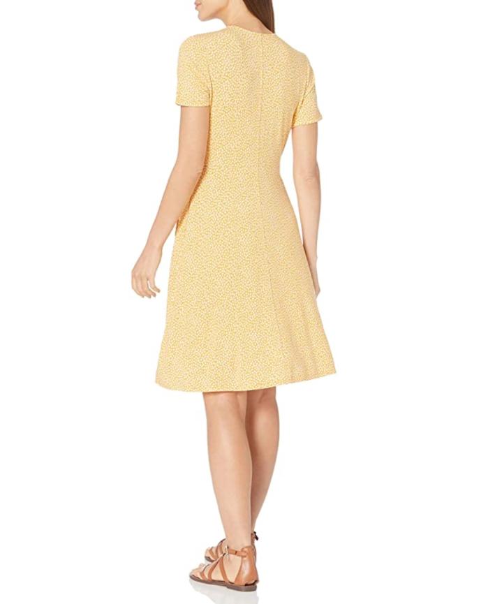 Amazon Essentials Vestido cruzado con mangas casquillo para mujer