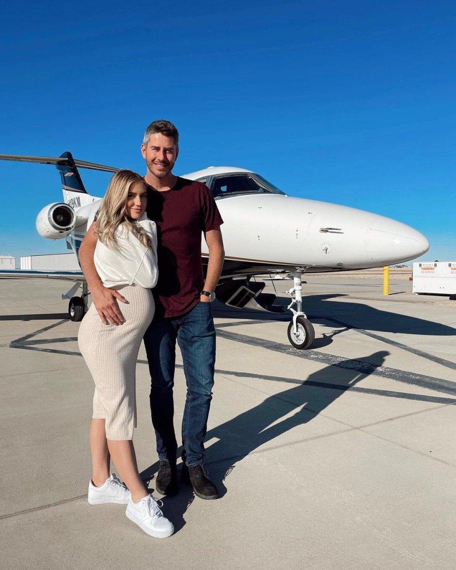 Flying High Lauren Burnham Baby Bump Album Ahead Welcoming Twins