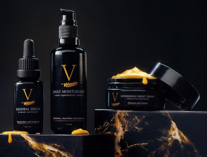 ¡JAJAJA!  La marca Cheese Velveeta se adelanta a la línea cremosa de cuidado de la piel 'Liquid Gold'