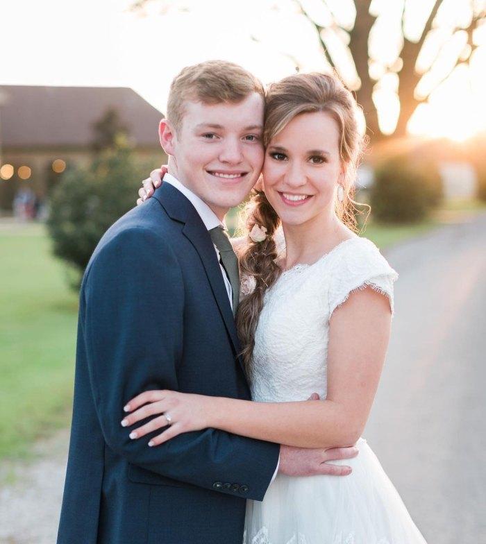 La esposa de Counting On, Justin Duggar, Claire Spivey, revela un adelanto de la boda