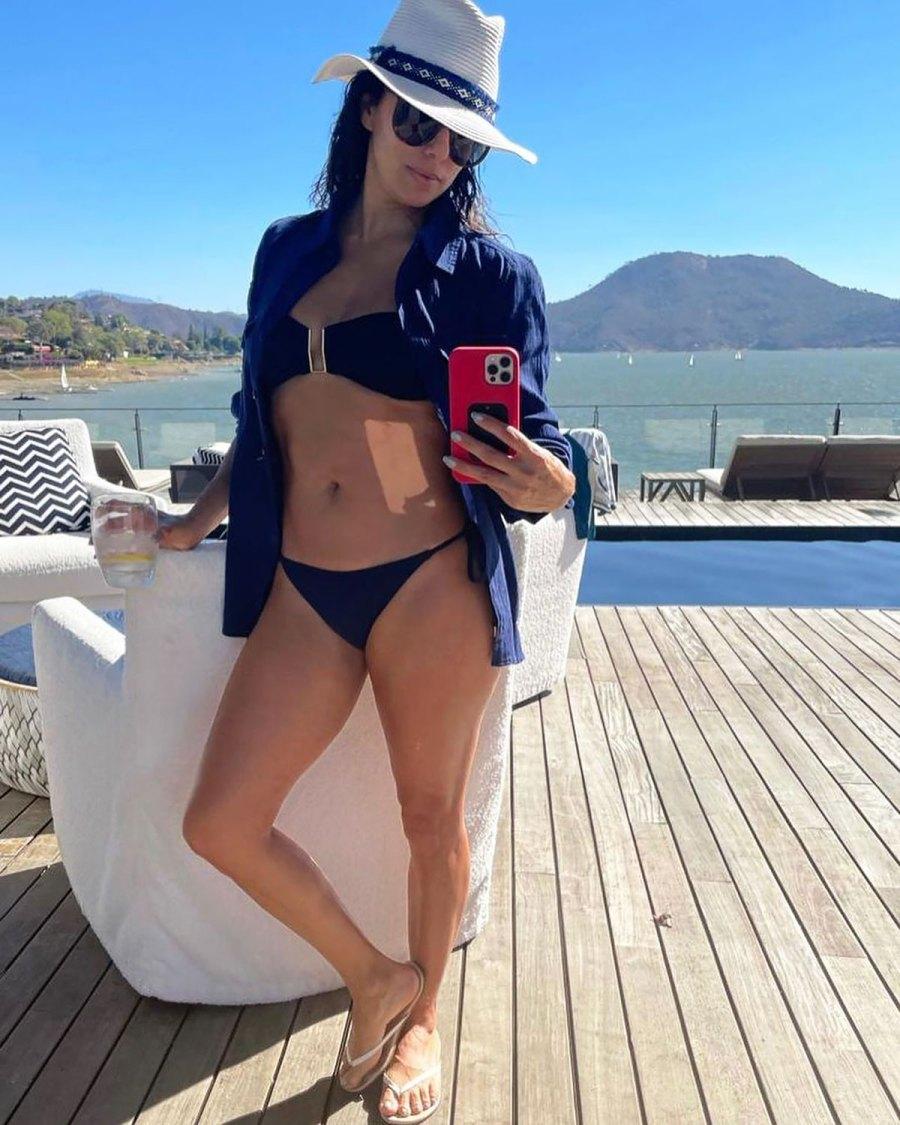 Eva Longoria Is a Whole Nautical Vibe in Plunging Navy Bikini: Pic