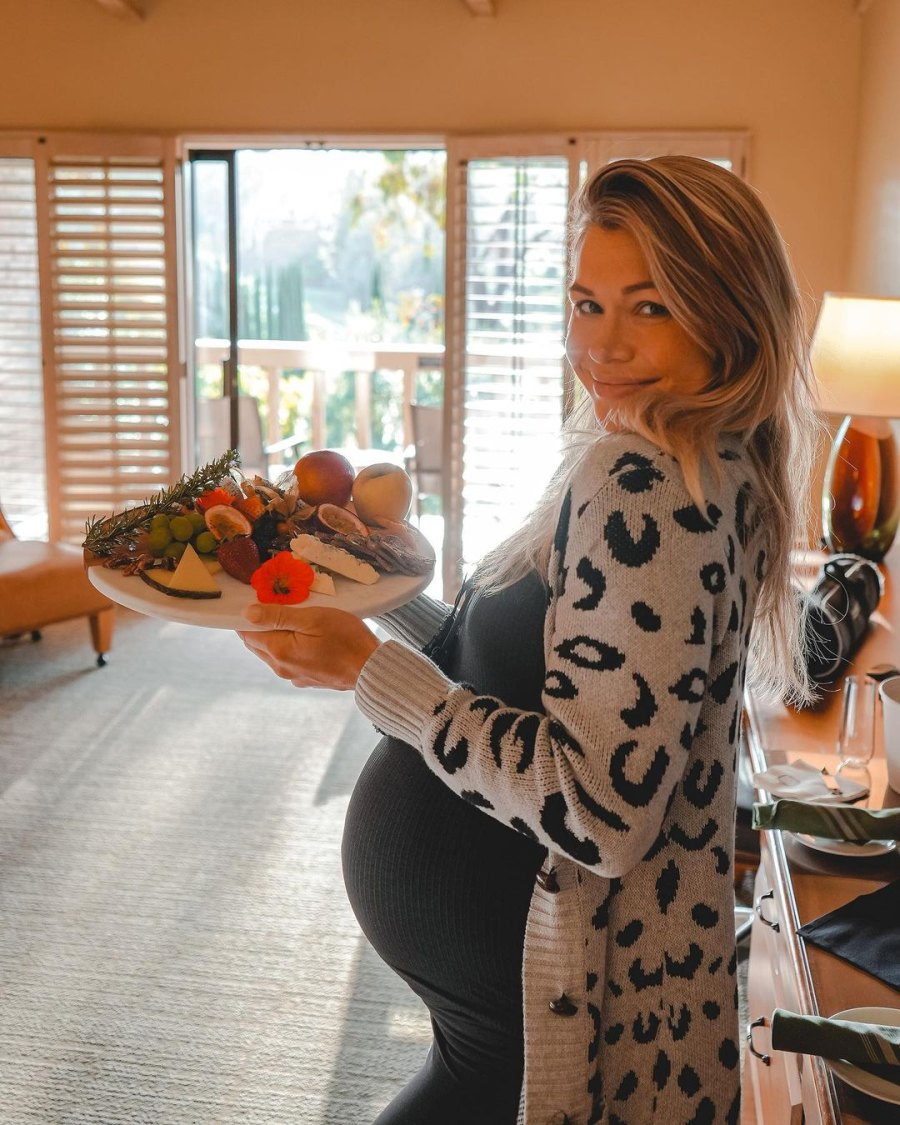 Inside Krystal Nielson and More Pregnant Stars' Babymoon Vacations: Pics