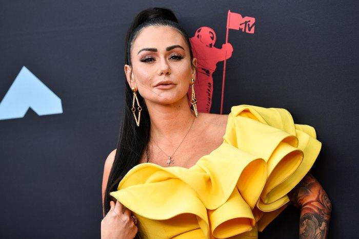 Jenni 'JWoww' Farley de Jersey Shore se vuelve libre de maquillaje y les dice a los fanáticos 'Ámate a ti mismo' sin filtros de belleza