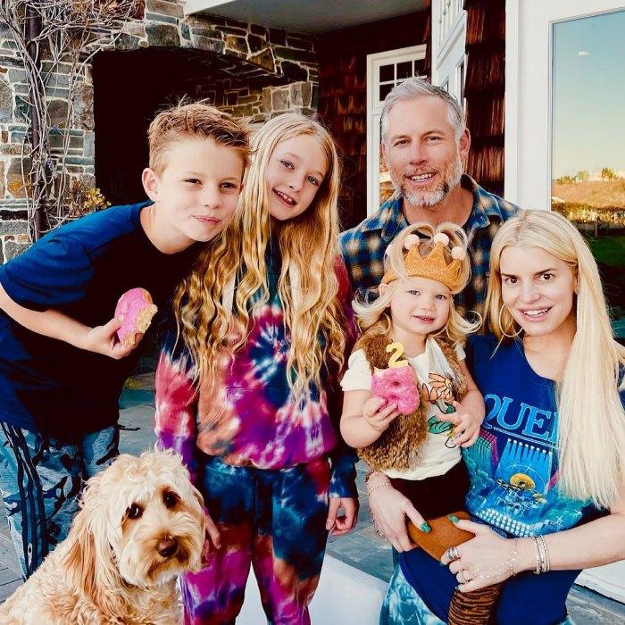 Jessica Simpson se entusiasma con la hija Birdie de 'Free Spirited' cuando cumple 2 años: 'Aprender de ti es el mejor regalo'