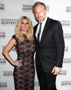 Jessica Simpson Shares How Her Parents' 'Bizarre' Relationship Affected Her