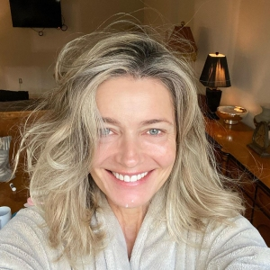 """Paulina Porizkova, 55, Shows Off Puncture Marks from Anti-Aging Treatment: """"I'm Vain and Want to Be Pretty'"""
