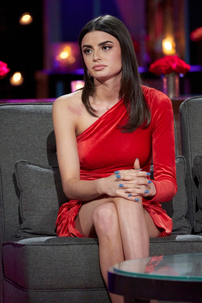 Rachael Kirkconnell Addresses Racially Controversy The Bachelor
