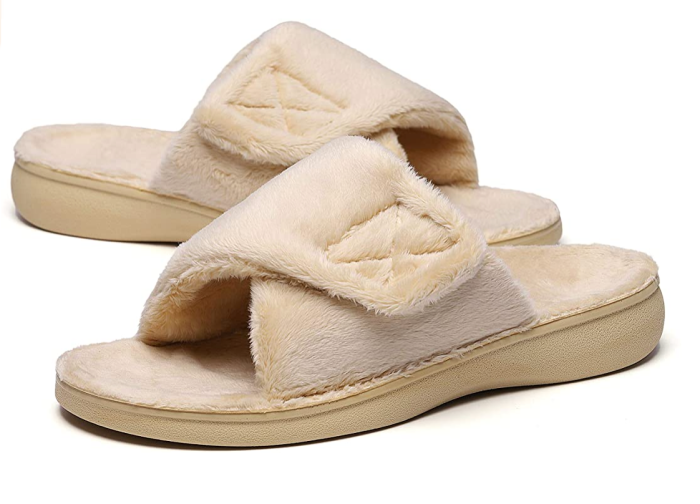 SOLLBEAM Fuzzy House Slippers with Arch Support