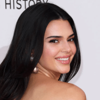 Kendall Jenner's Clearing Skincare Routine Includes This Cult-Favorite Serum