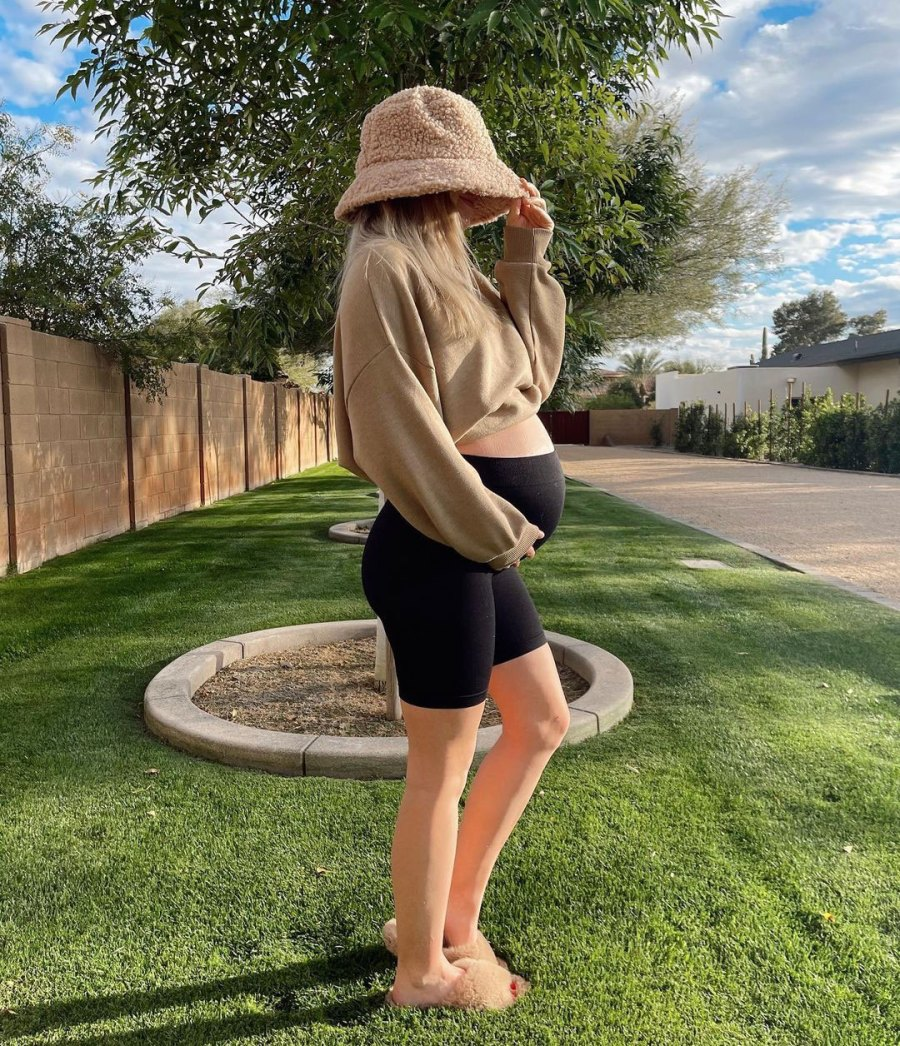 Lauren Burnham Luyendyk Sunshine Shot Luyendyk Twins Instagram
