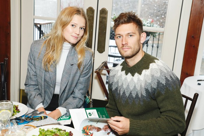 Toni Garrn Is Pregnant, Expecting 1st Child With Alex Pettyfer