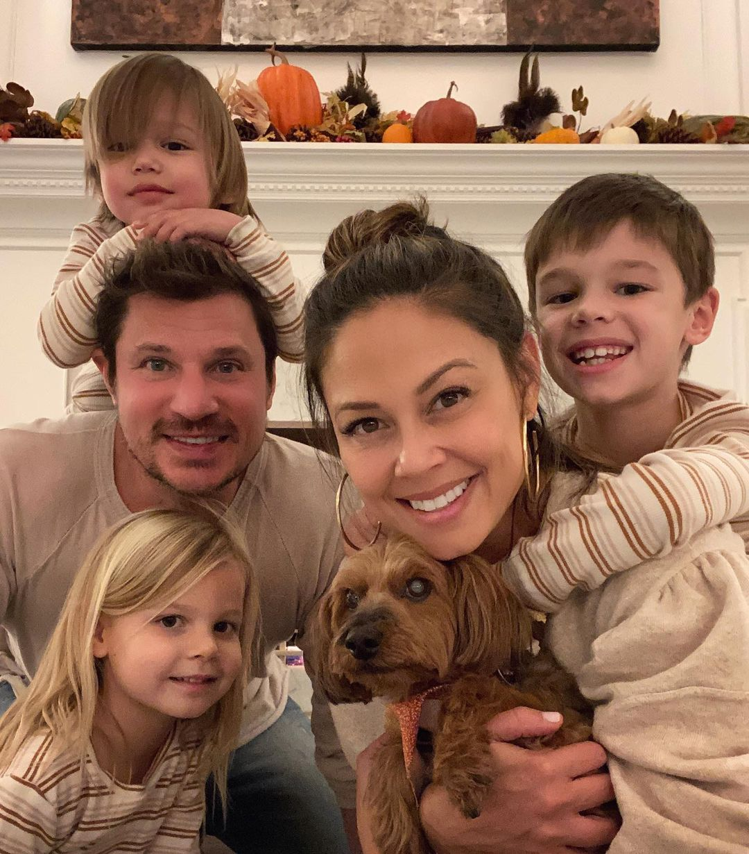 Vanessa, Nick Lachey Show PDA in Front of Their Kids: Its