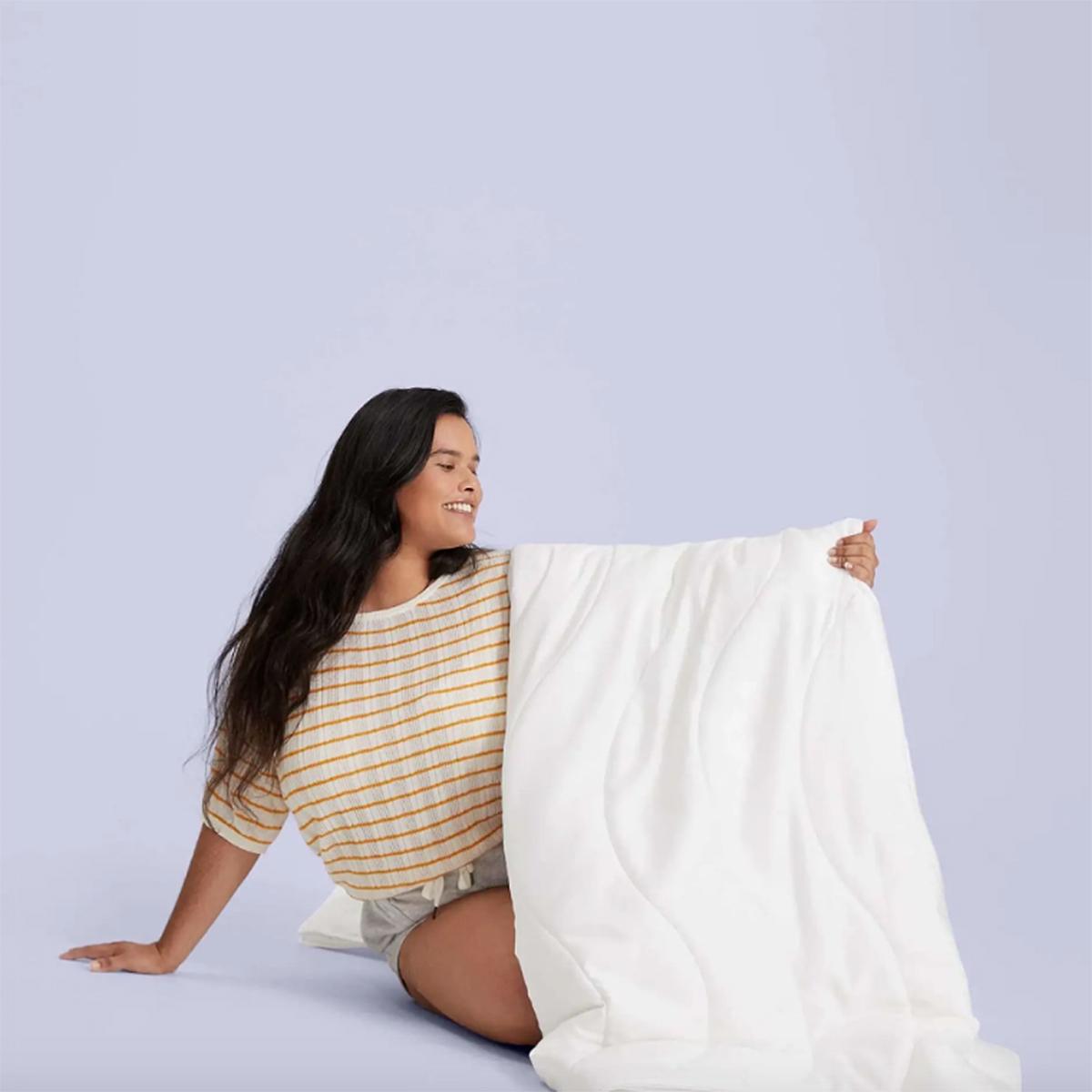 cooling-bedding-buffy-breeze-comforter