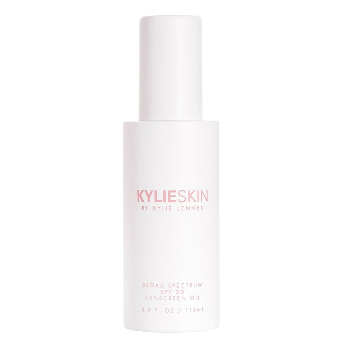 kylie-skin-spf-oil-protector solar