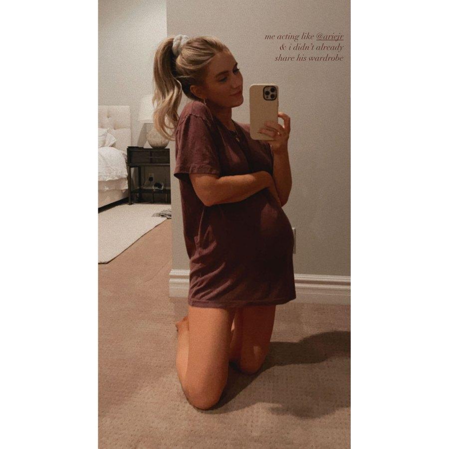 pregnant-lauren-burnhams-baby-bump-pics-ahead-of-welcoming-twins 2