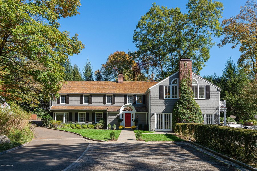 2 Front View Bethenny Frankel Lists Her 3 Million Connecticut Home