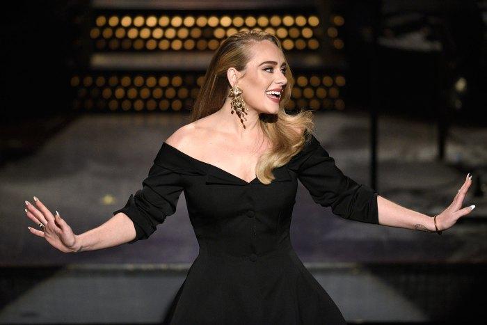 Adele es vista por primera vez en meses en la fiesta de los Oscar