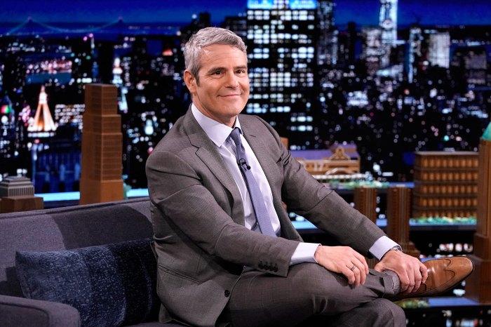 Andy Cohen dice 'Nada está fuera de los límites' para la próxima reunión de la vigésima temporada de 'Keeping Up With the Kardashians'