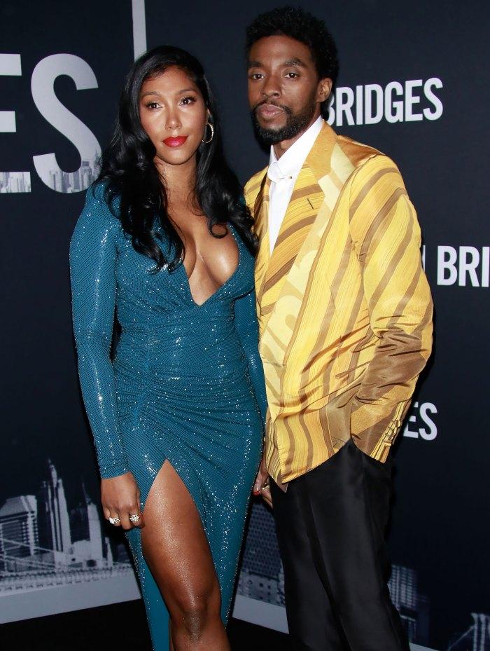 La viuda de Chadwick Boseman, Taylor, acepta con emoción su premio Oscar