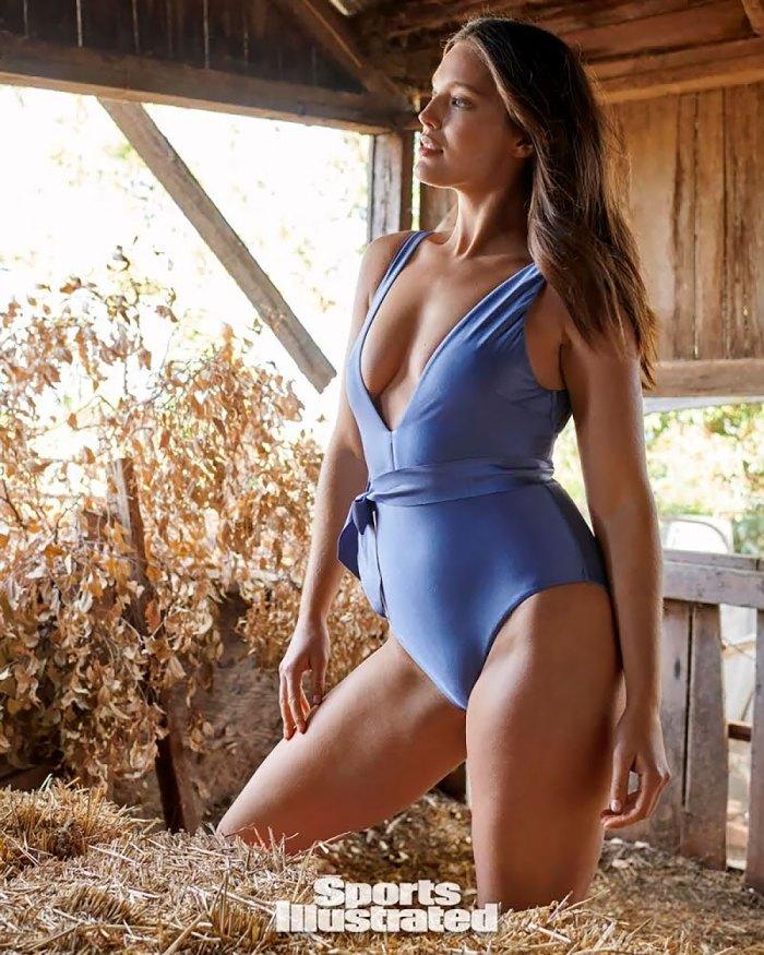 Sports Illustrated Swimsuit Model Emily DiDonato's Nighttime Beauty Routine
