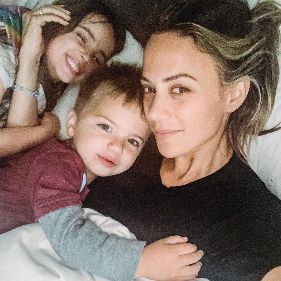 Jana Kramer Posts Selfie With Kids Amid Mike Caussin Divorce: 'Heavy Hearts'