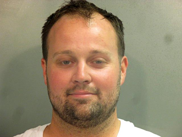 Josh Duggar arrestado en Arkansas días después de que su esposa Anna Duggar anunciara su séptimo embarazo