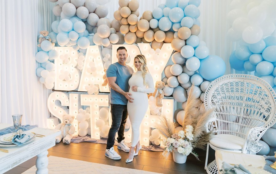 Lauren Sorrentinos Pregnancy Pics Ahead 1st Child With Mike The Situation Sorrentino Baby Bump Album