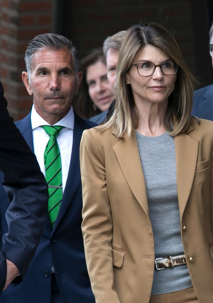 Lori Loughlin Mossimo Giannulli Work Their Marriage After Scandal