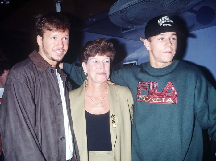 Mark Wahlberg and Brother Donnie Wahlberg Mourn the Death of Their Mother Alma