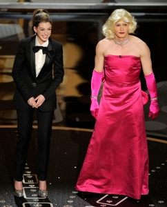 Oscars Writers Reveal Wild Details About James Franco and Anne Hathaway's Awkward 2011 Hosting Gig