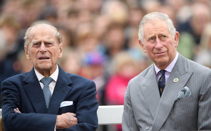 El príncipe Carlos recuerda los 70 años de 'servicio extraordinario' del príncipe Felipe después de su muerte
