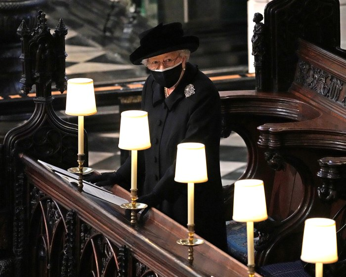 Queen Elizabeth II Left Touching Handwritten Note on Prince Philip's Coffin — With a Nickname