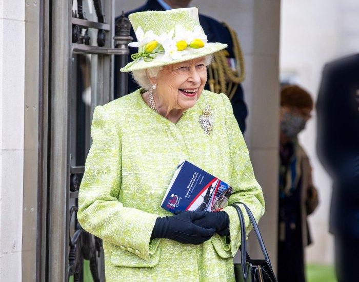 La reina Isabel escribe una conmovedora carta después de la cancelación del servicio previo a la Pascua