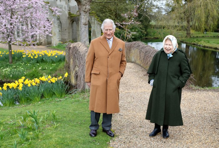 Queen Elizabeth and Prince Charles 'Mark the Easter Weekend' With Frogmore House Walk Amid Drama