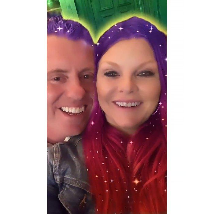Brandi Redmond de RHOD se llama a sí misma una 'esposa feliz' en la primera publicación con su esposo Bryan desde las acusaciones de trampa