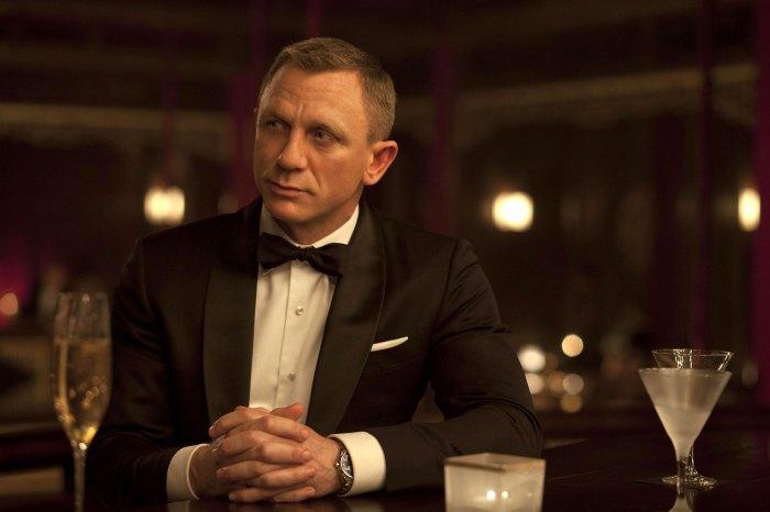 Rege-Jean Page se muestra tímido sobre los rumores de James Bond después de la salida de Bridgerton Daniel Craig James Bond