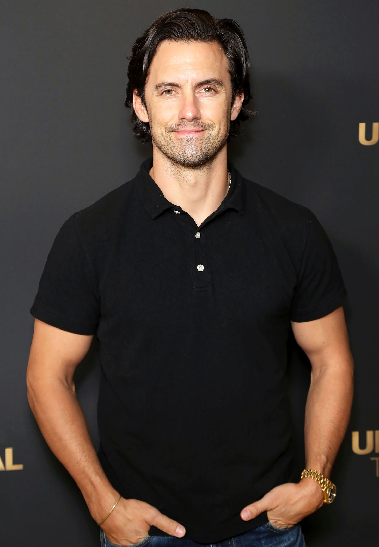 Sorry, Jess! Milo Ventimiglia Has a Sign for One of Rory's BFs in His Home