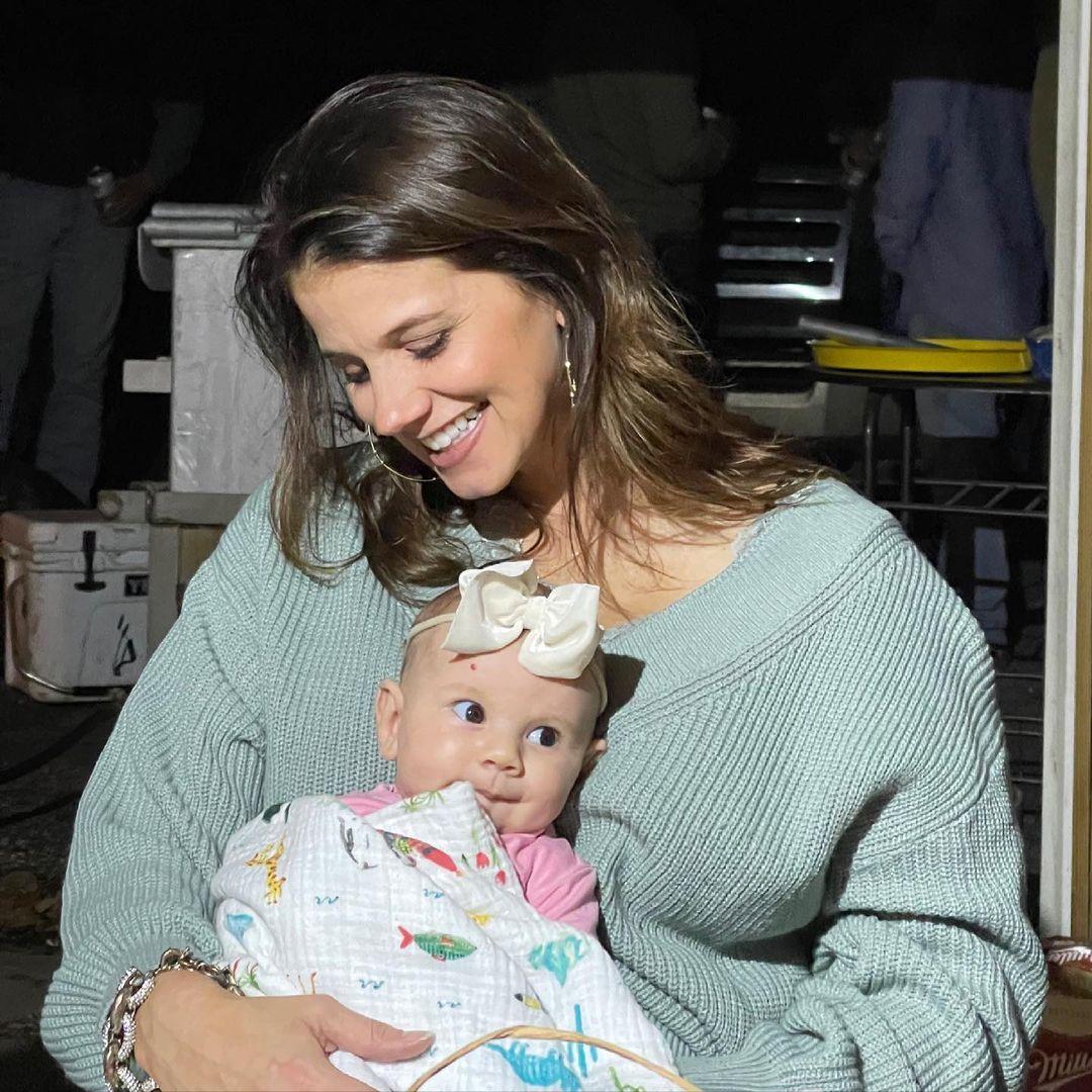 Staci Felker Slams Predatory Trolls Criticizing Her Postpartum Weight