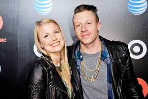 Macklemores Wife Tricia Davis Gives Birth Their 3rd Child