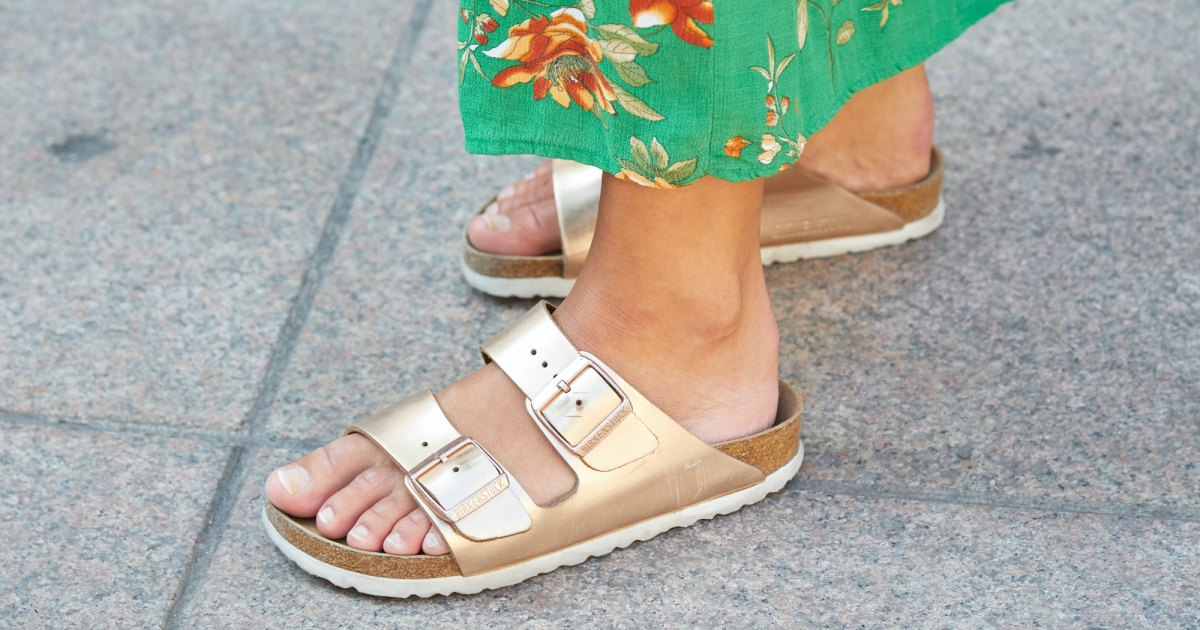 10 Sandals With Orthopedic Support for Pain Relief & All-Day Comfort.jpg