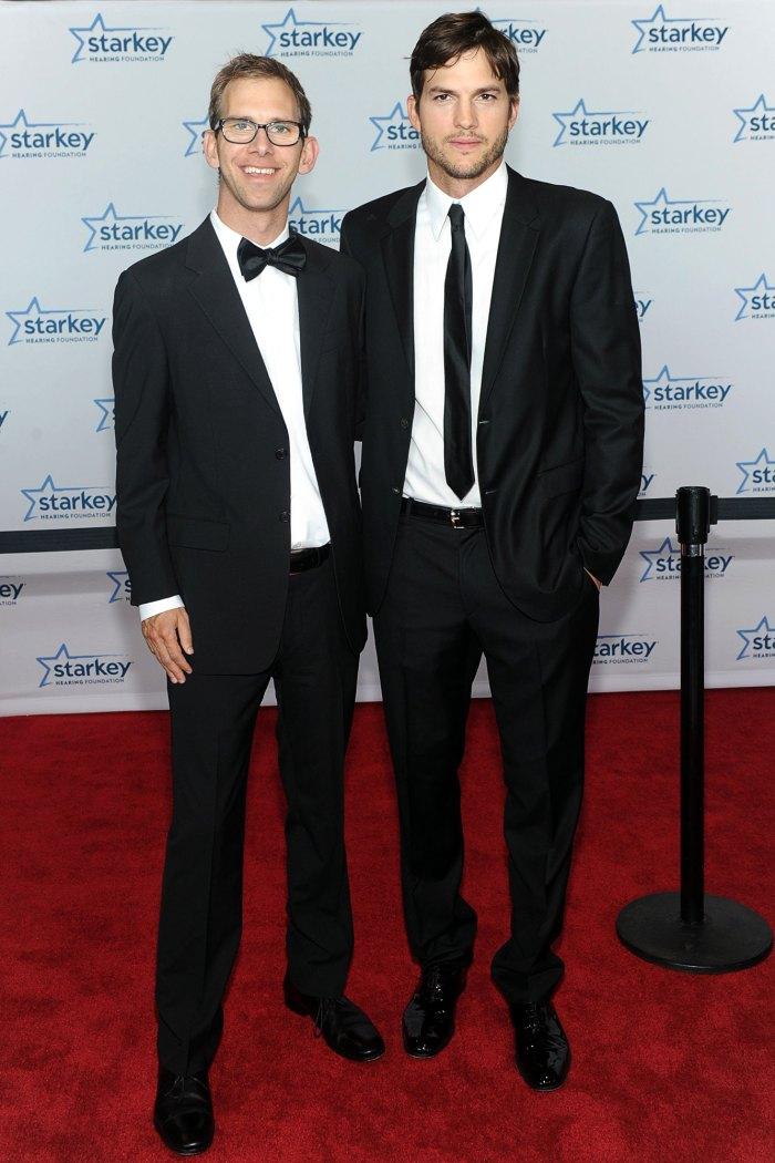 Ashton Kutcher hizo que su gemelo Michael se enojara después de revelar públicamente el diagnóstico de parálisis cerebral