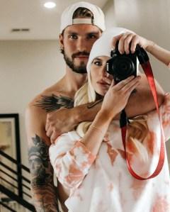 Bachelors Hayley Fergusson Is Engaged Hockey Star Oula Palve