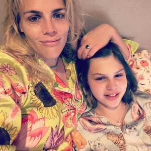 Busy Philipps Explains Why People Dont Have Understand Child Birdies Pronouns Thats Their Jurisdiction