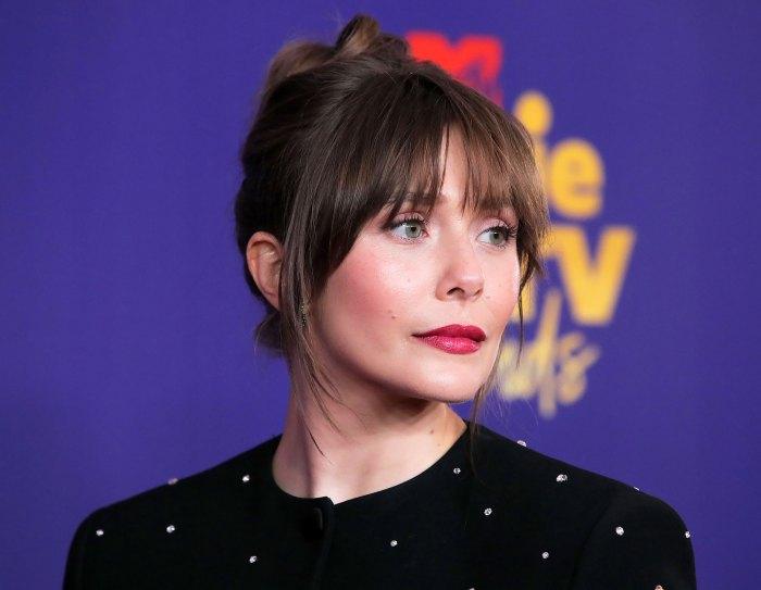 Cómo Elizabeth Olsen consiguió que su hermosa morena hiciera en los Premios MTV 2021